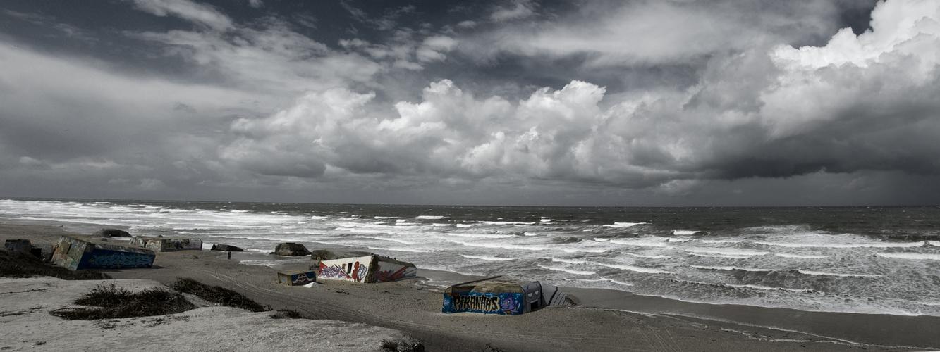 Dunkle Wolken über Le Gurp im Sommer 2009