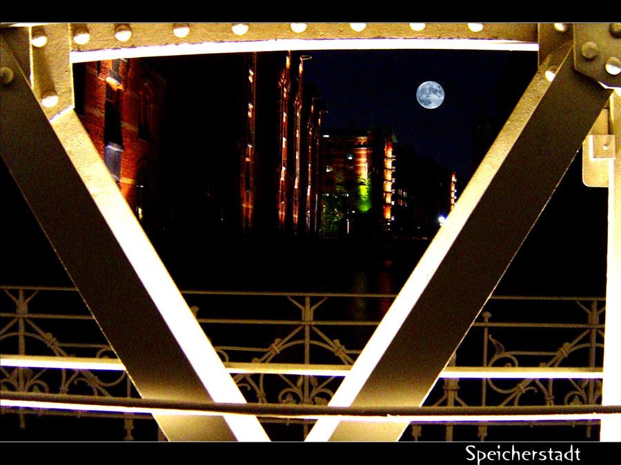Durch die Brücke