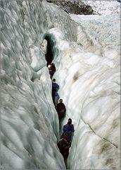 Durch die Gletscherspalte...