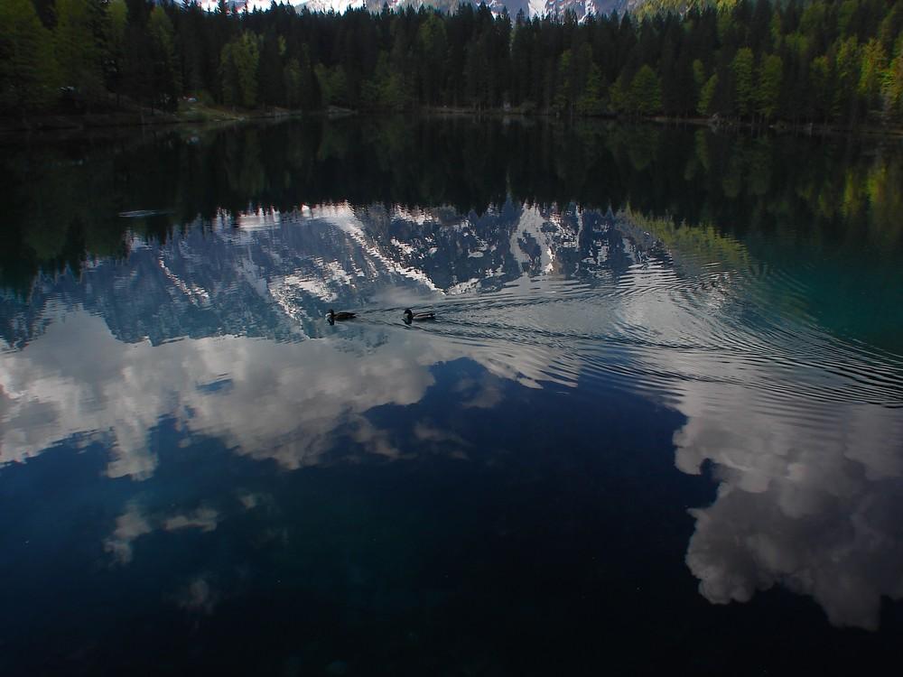 Durch eine Spiegelung