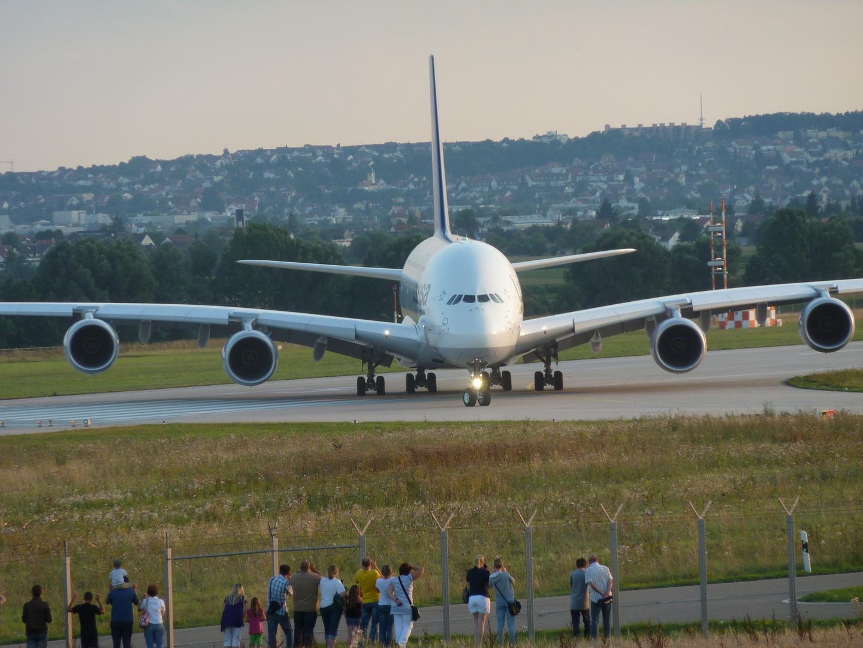 Durch einen Trainingsflug kam der Airbus A380 der Lufthansa nach Stuttgart