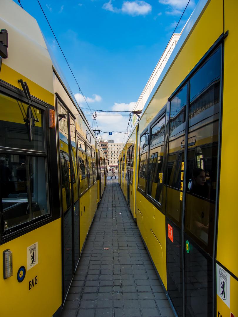 Durchblick bei der Straßenbahn