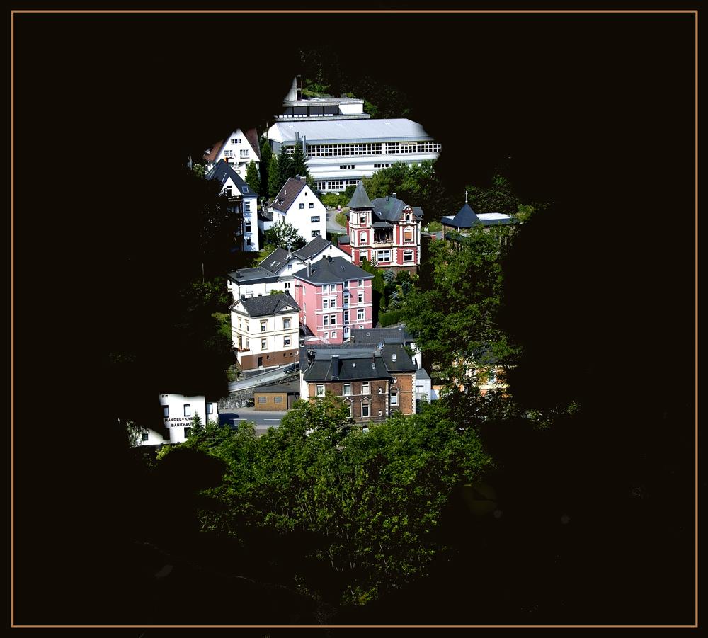 Durchblick von der Burg Altena.