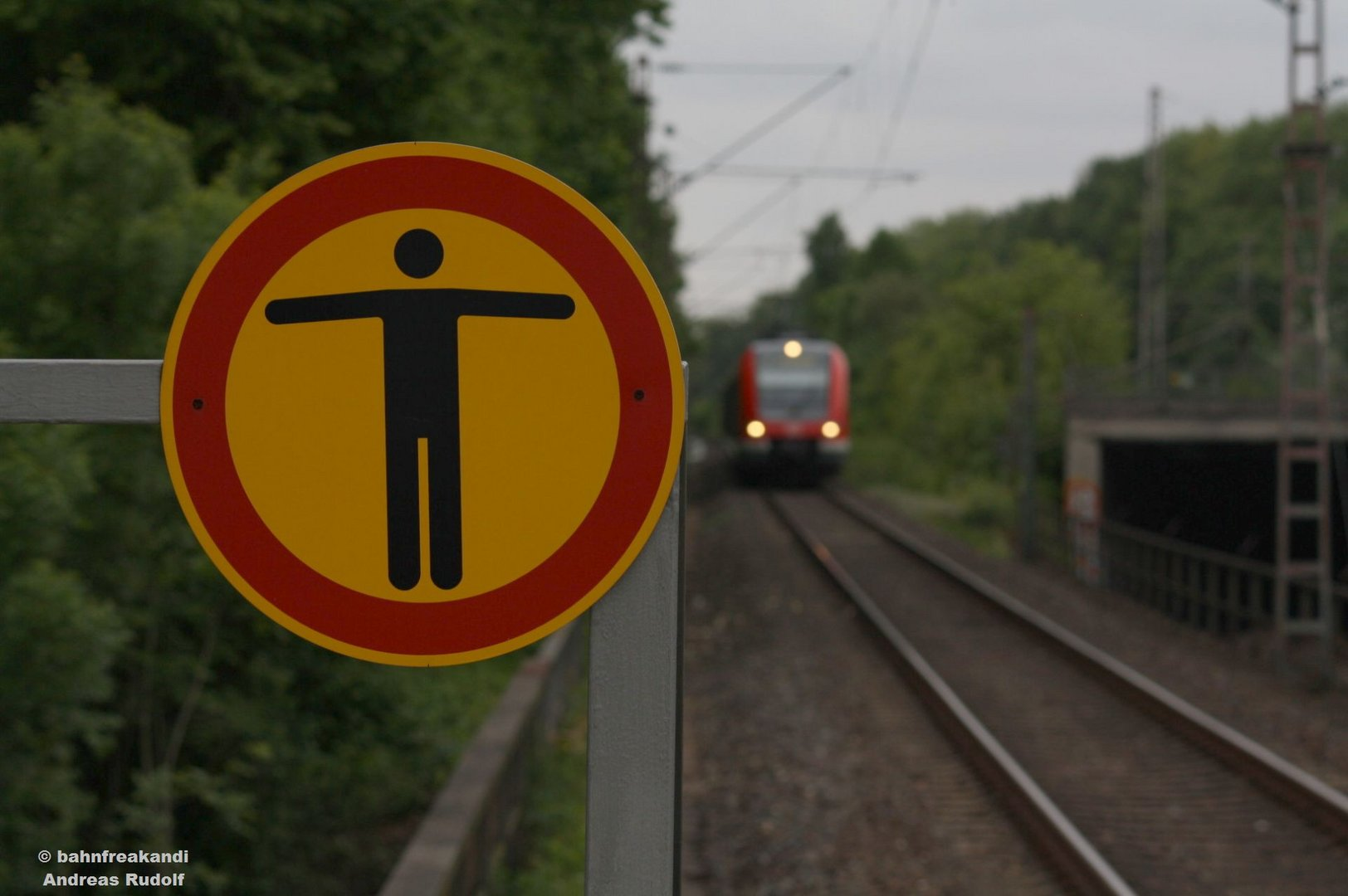 Durchgang verboten!