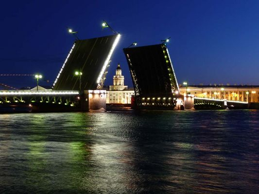 Dvortsovyy Most / Schlossbrücke