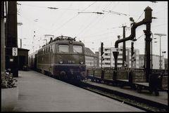 E 10 132 in Köln Hbf, 1968
