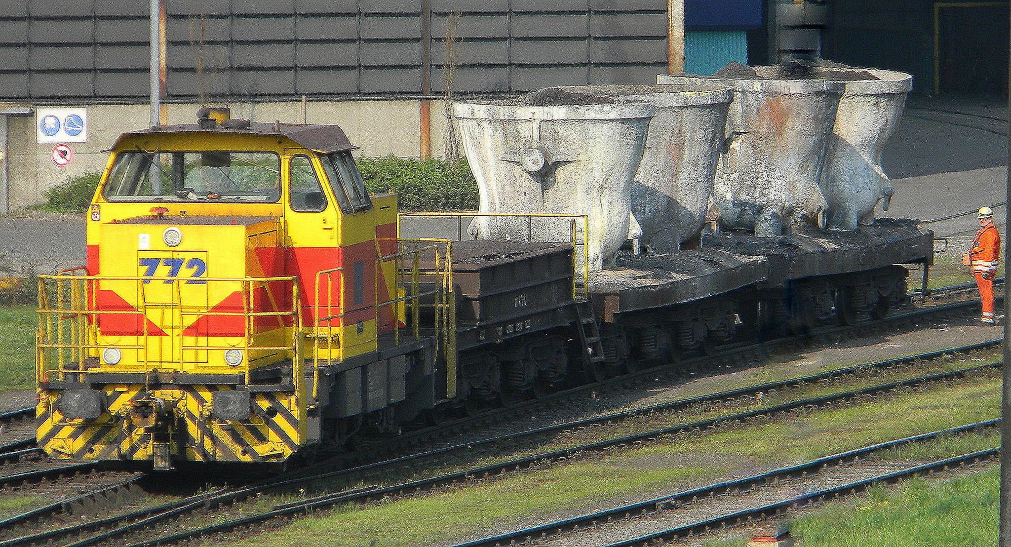 E+ H Mak 772 Duisburg HKM