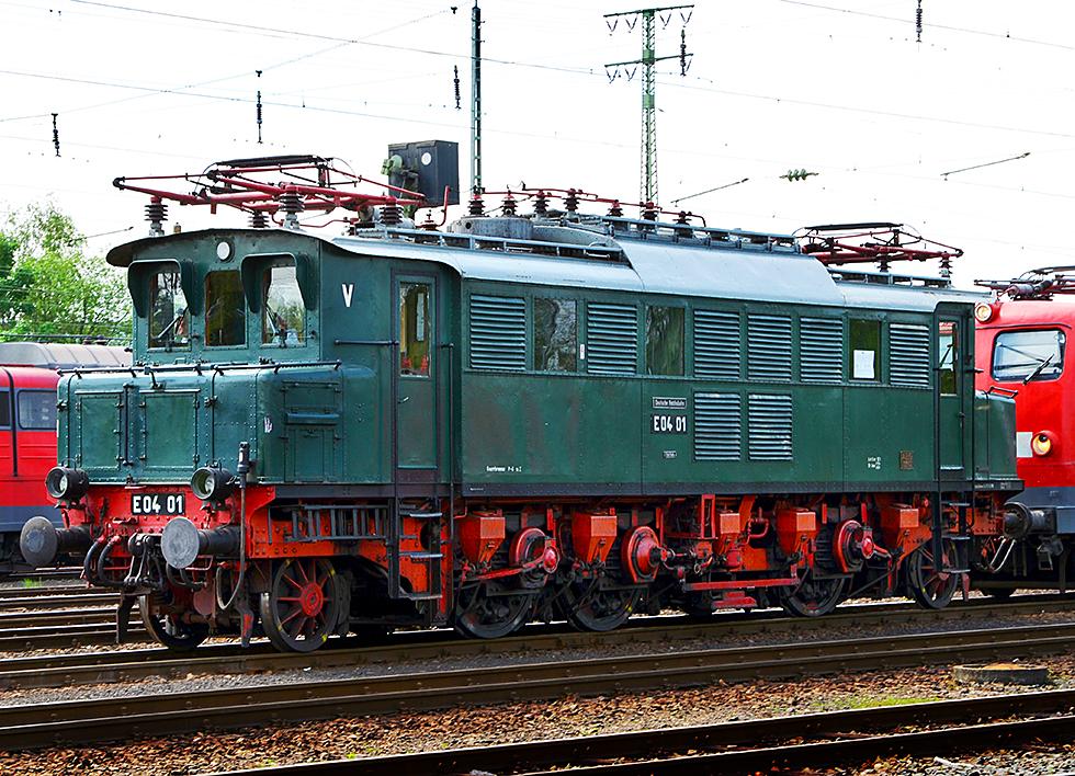 E-Lok 0401 in Koblenz-Lützel