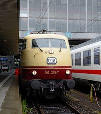 E03 001 II