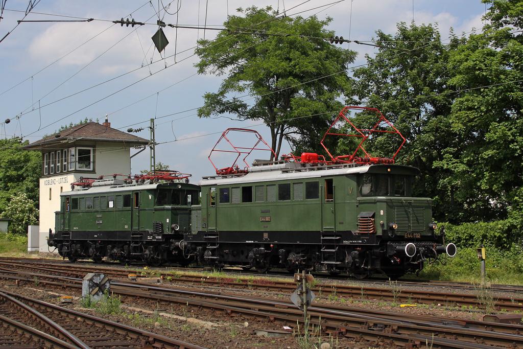 E44 002 und E44 046