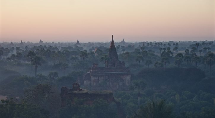 .early morning bagan.