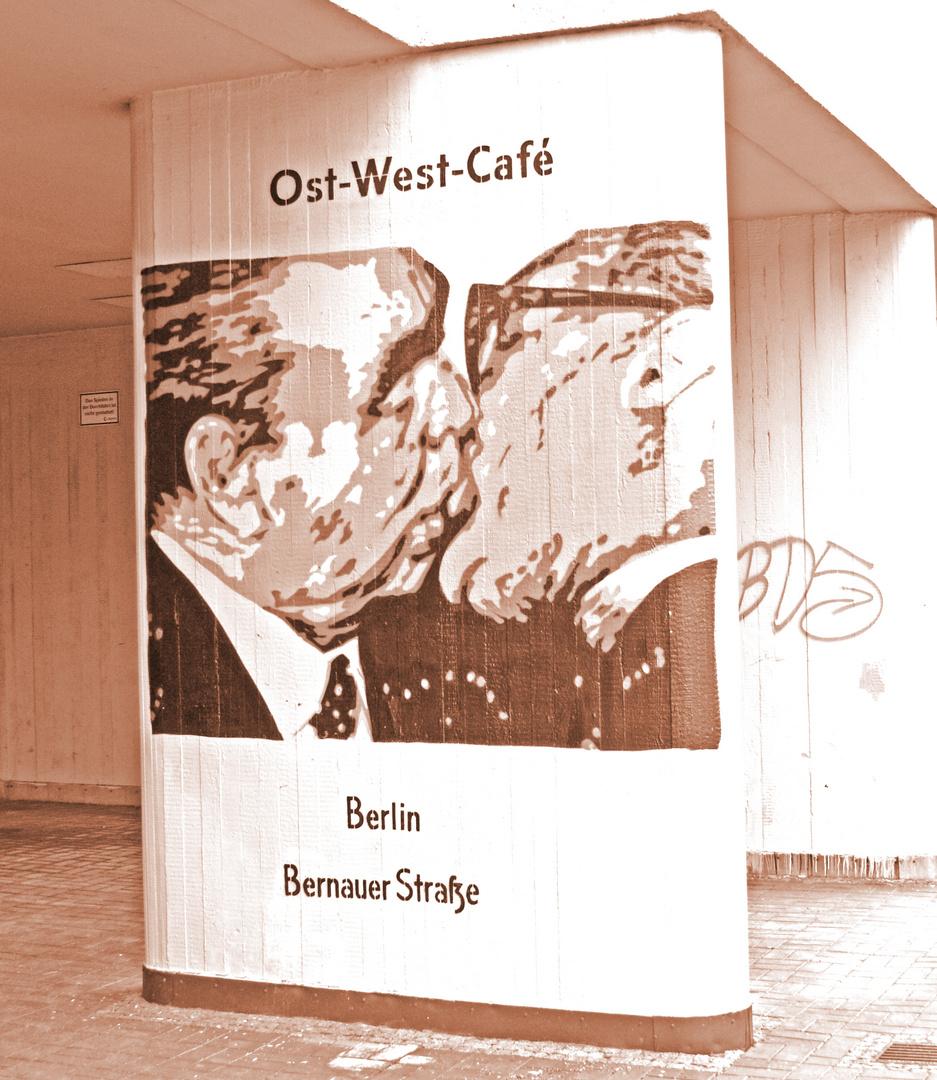 East-West-Cafe