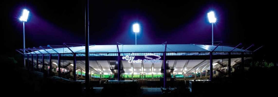 easyCredit-Stadion bei Nacht