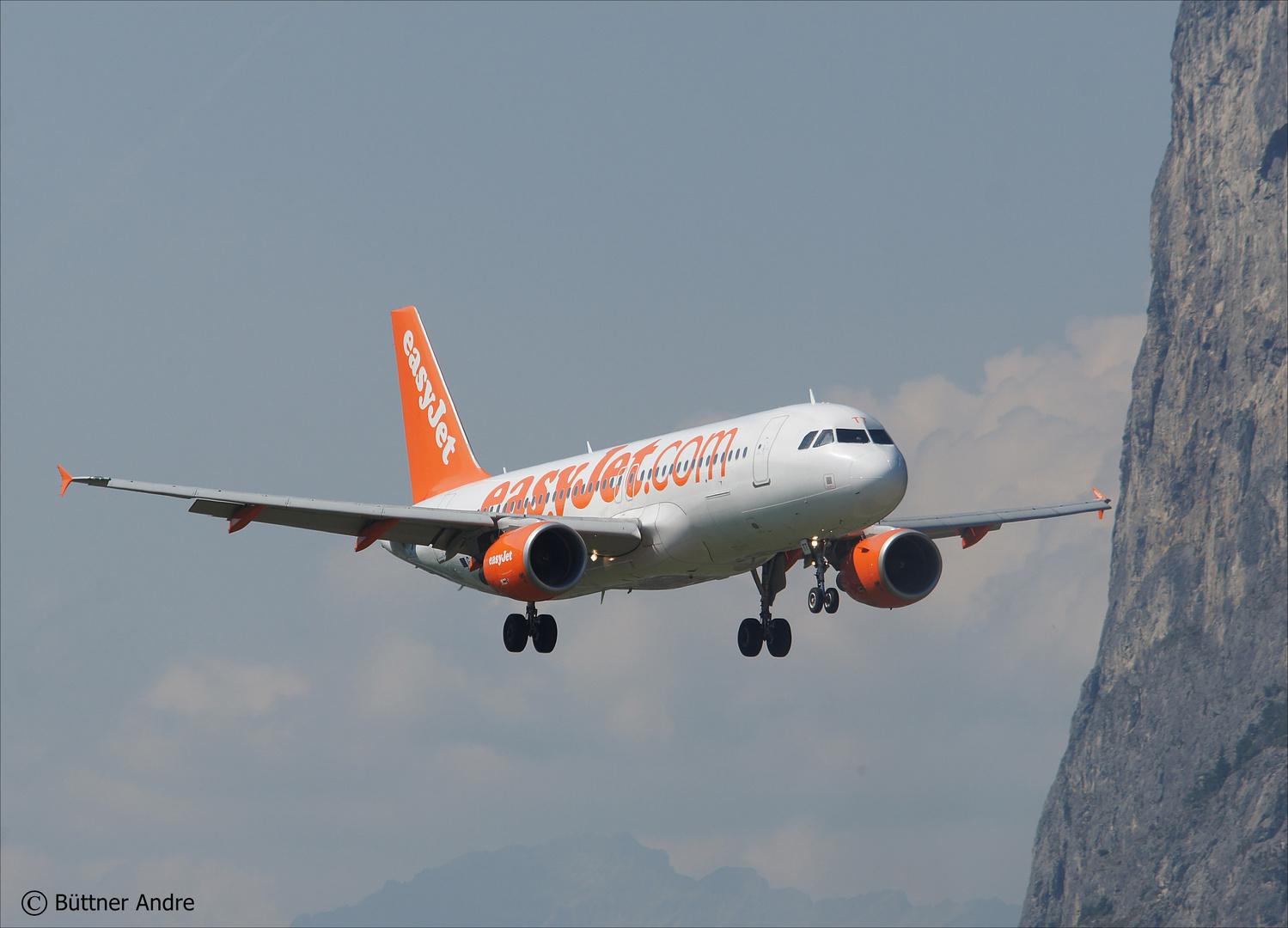 Easyjet im Anflug auf Innsbruck