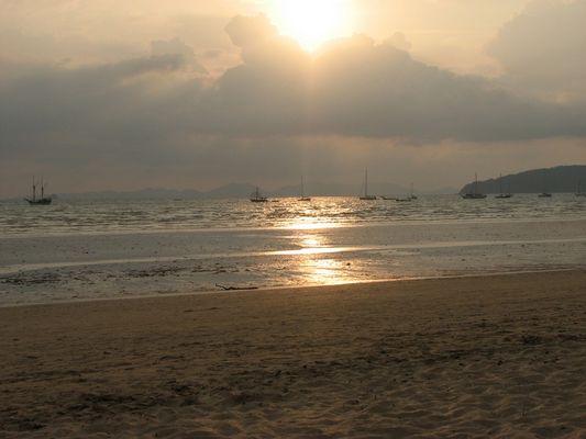 Ebbe am Ao Nang Beach