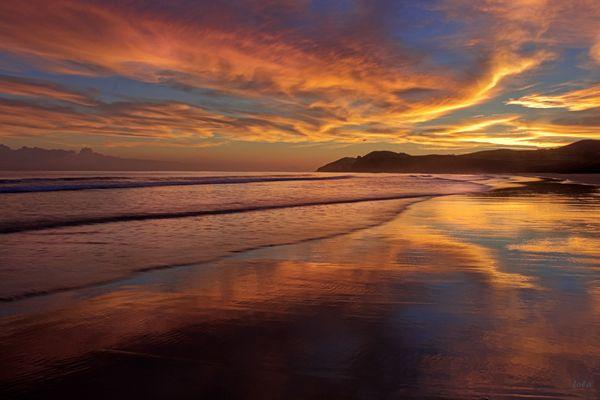 Eclosión de colores en el amanecer