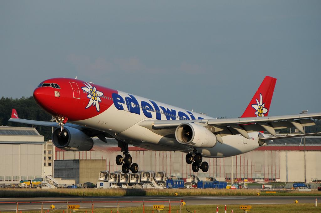 Edelweiss Airbus A330-343X