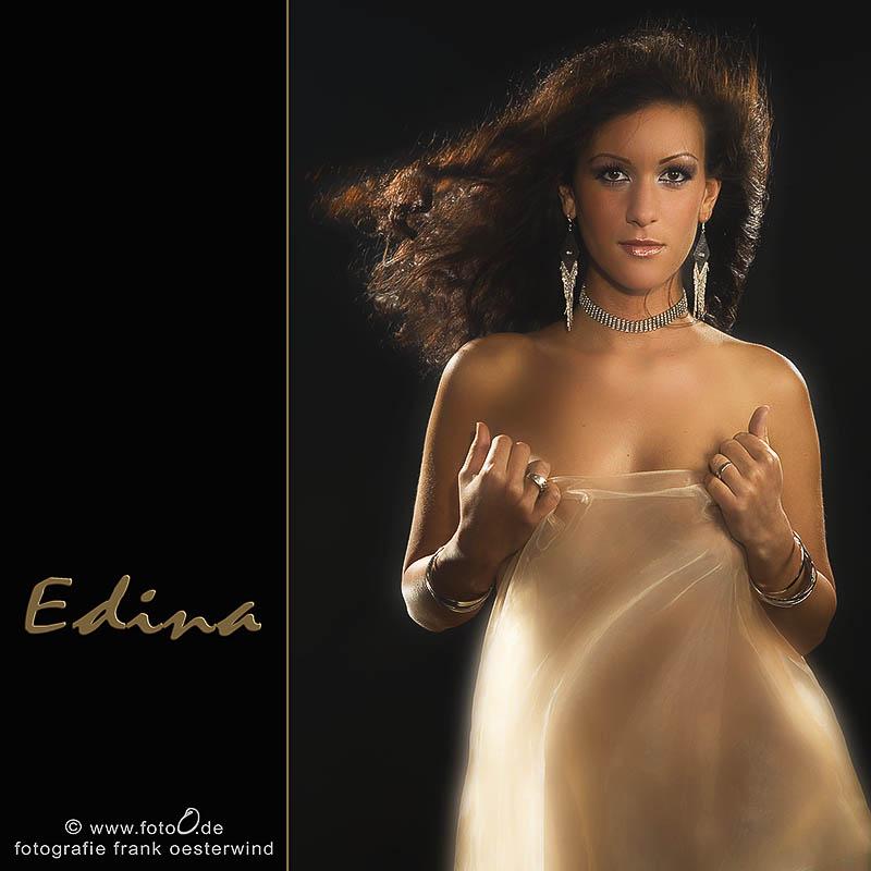 Edina (1)