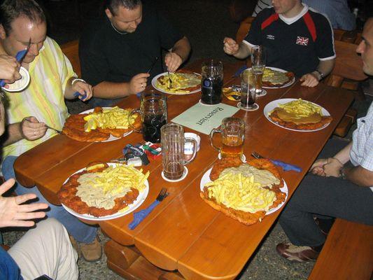 EDV´ler beim Abendessen...