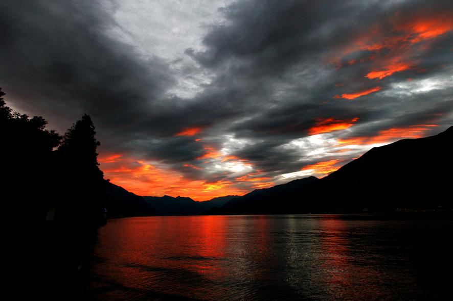 effetti speciali sul lago di como foto immagini