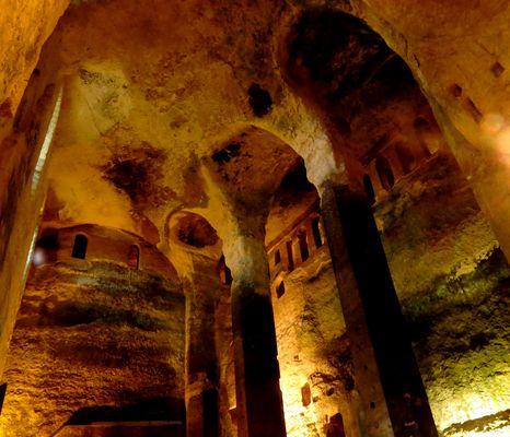 Eglise monolithique d'Aubeterre sur Dronne (Dordogne)