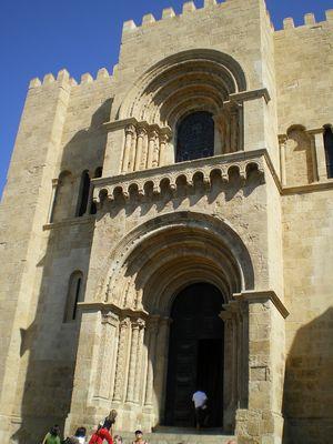 église romane de Coimbra
