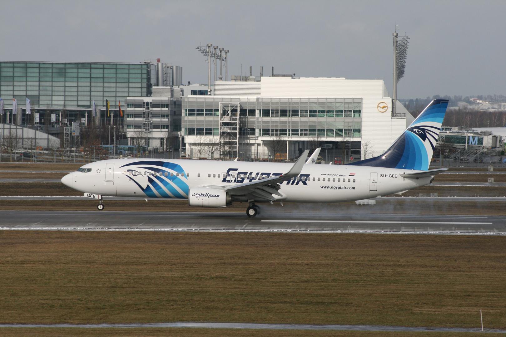 EgyptAir 737-866