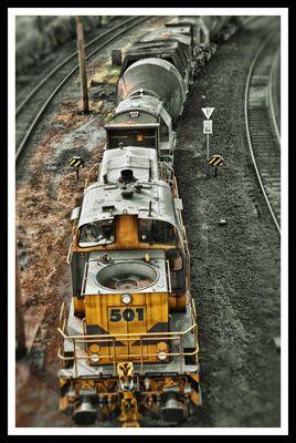 E&H 501 mit Roheisenzug