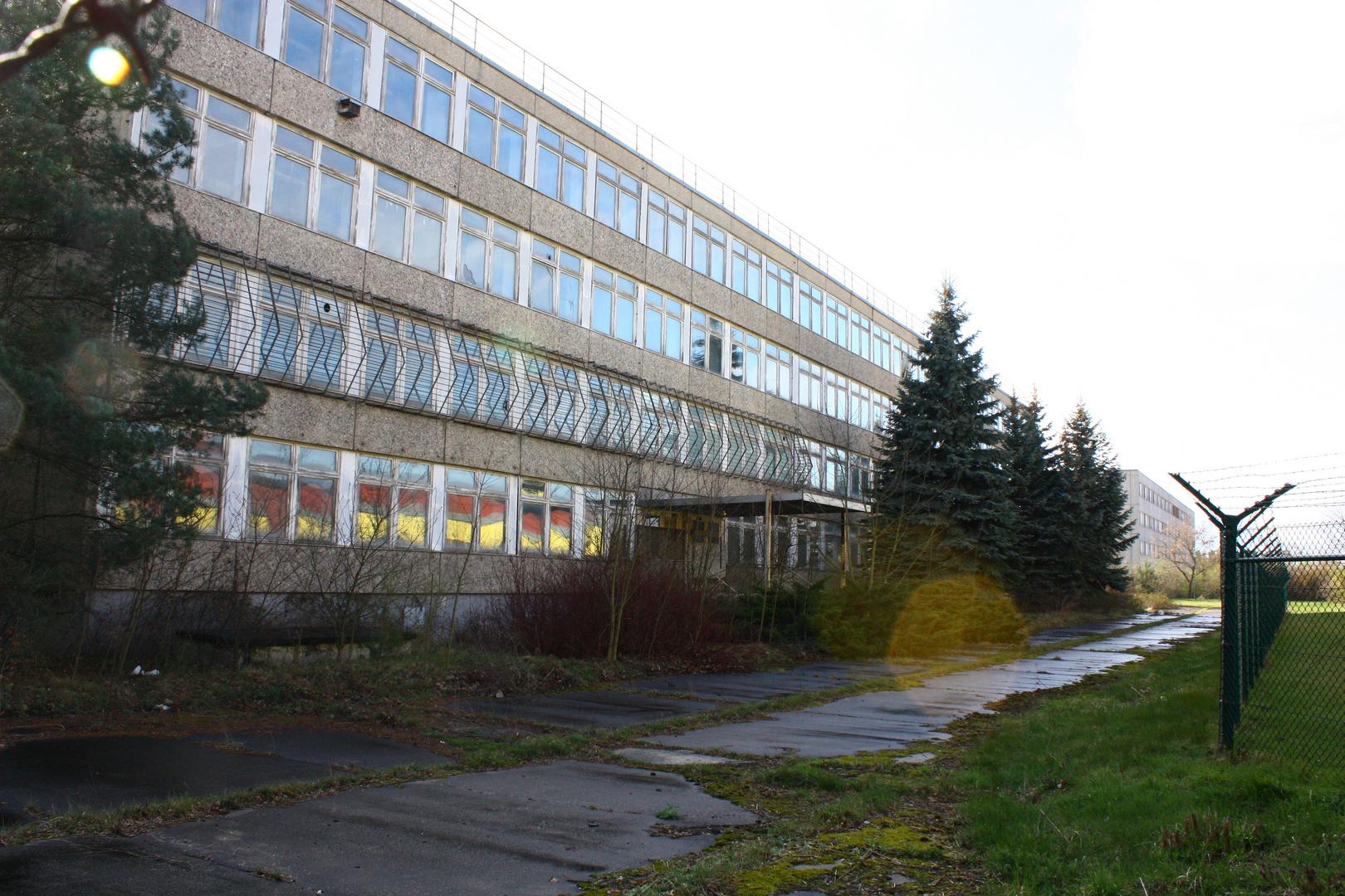 ehemaliges Schulgebäude....