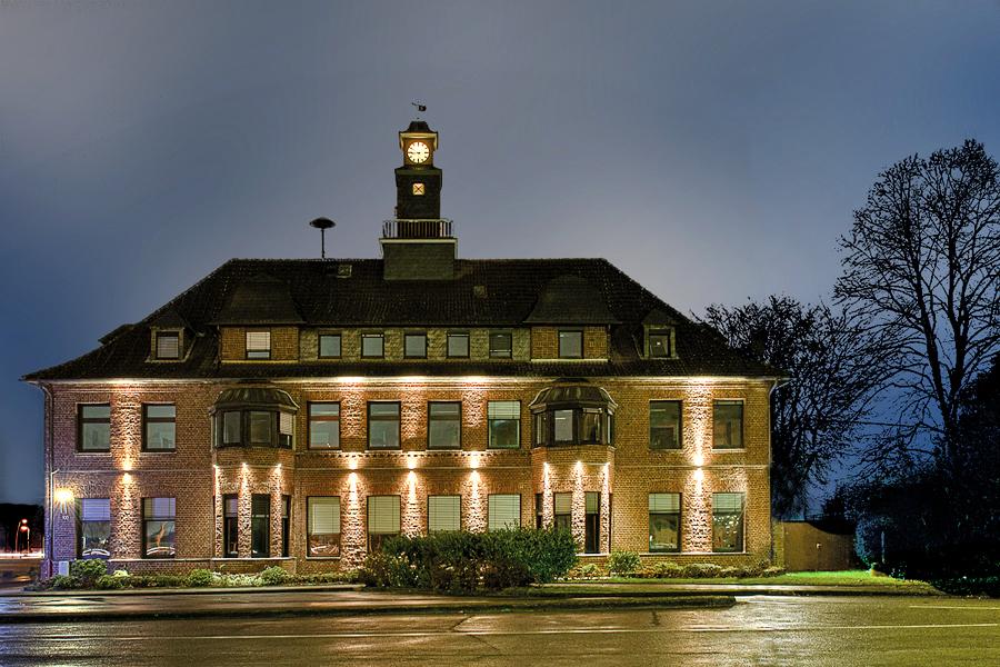 Ehemaliges Shell Verwaltungsgebäude in Monheim Bild 2