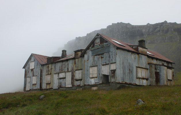 Ehemaliges Spital im Osten Islands