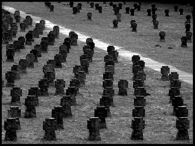 Ehrengräber, Westfriedhof