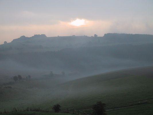Eifel am Morgen vertreibt Kummer und Sorgen :)