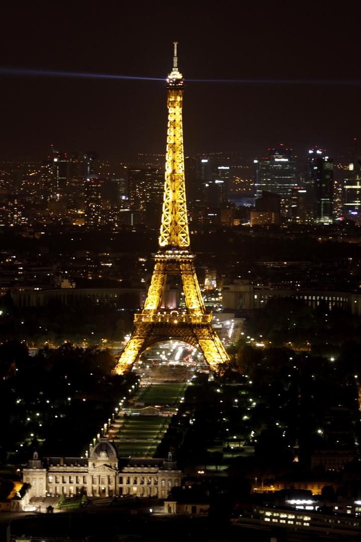 Eifelturm bei Nacht