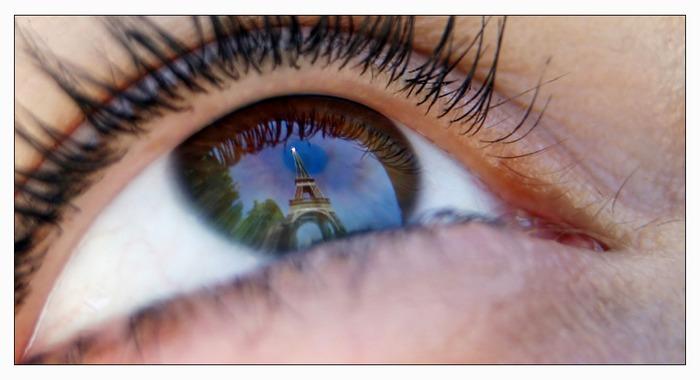 Eiffelturm... im Auge des Betrachters... von Carsten Riedl