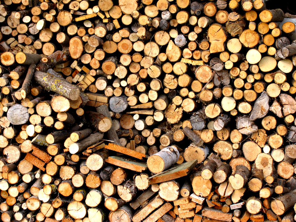 eifnach nur Holz