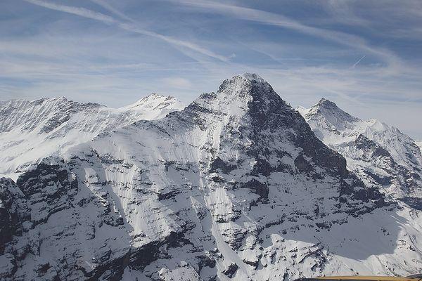 Eiger Nordwand - vorbeiflug - vom   26 05 2016