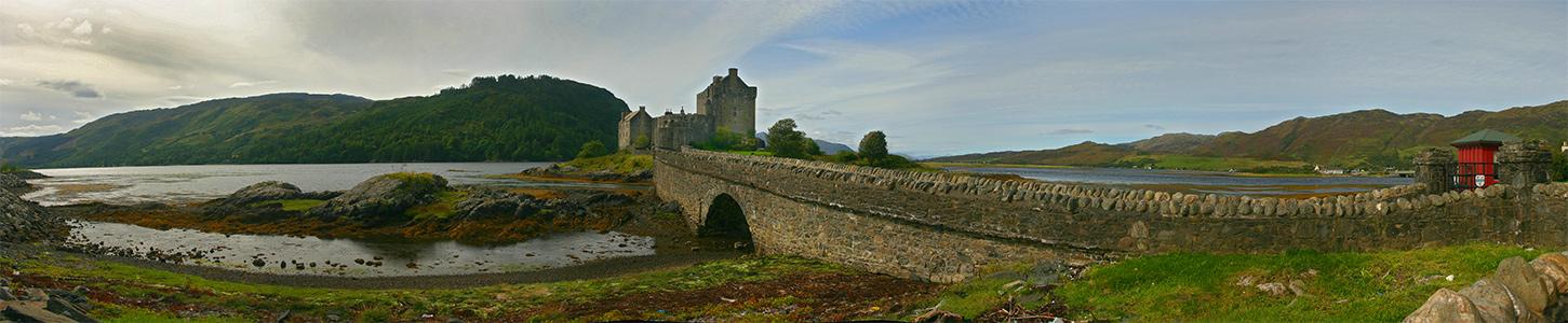 <--- Eileen Donan Castle --->