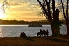 Ein Abend am See 2