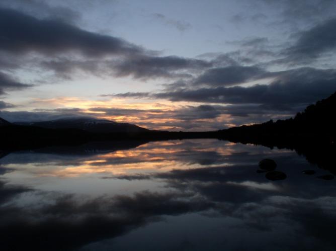Ein Abend in Schottlands Bergen
