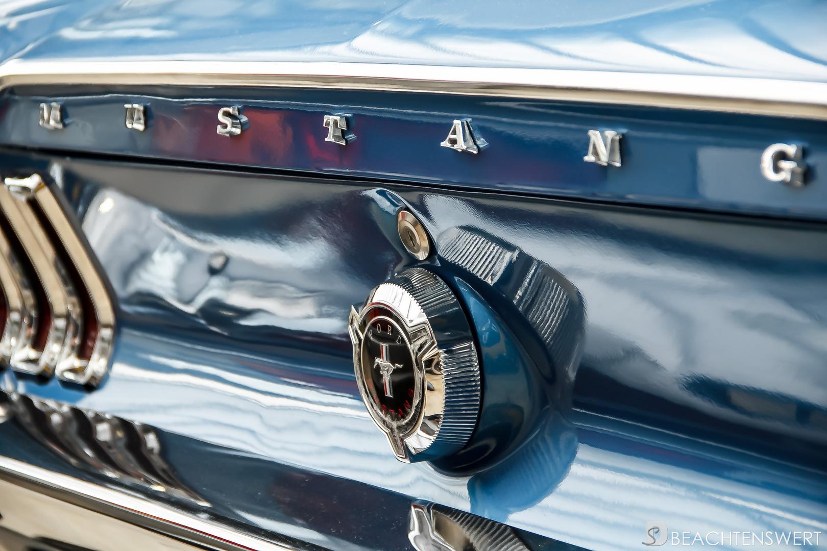 Ein alter Ford