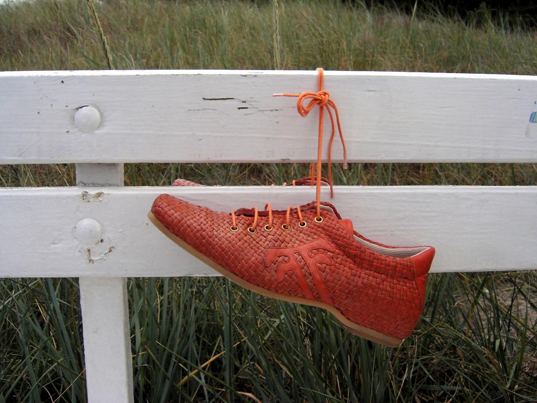 Ein Bett im Kornfeld und Schuhe vergessen ?