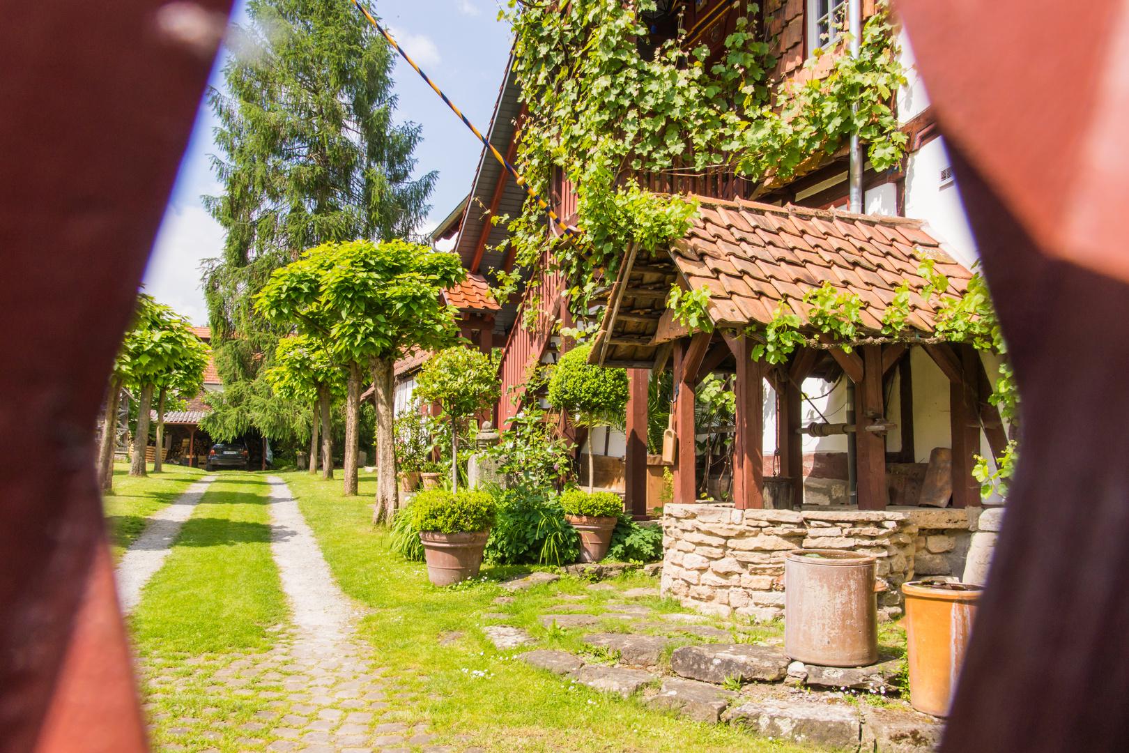 ein Blick durchs Tor - Wanfried/Hessen
