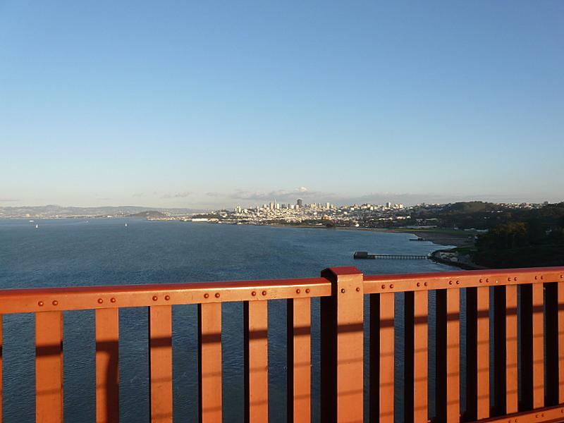 Ein Blick von der Golden Gate Bridge auf San Francisco