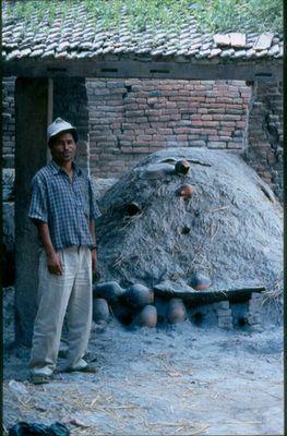 Ein Brennofen in Nepal