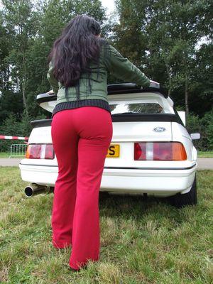 ein Cosworth sieht rot