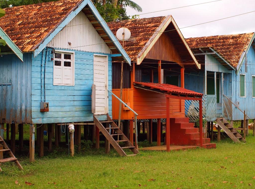 Ein Dorf am Amazonas