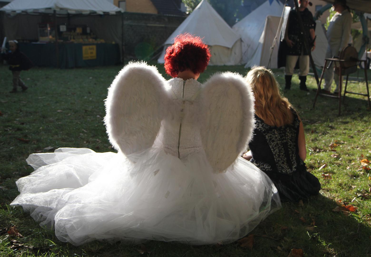Ein Engel im Abendlicht