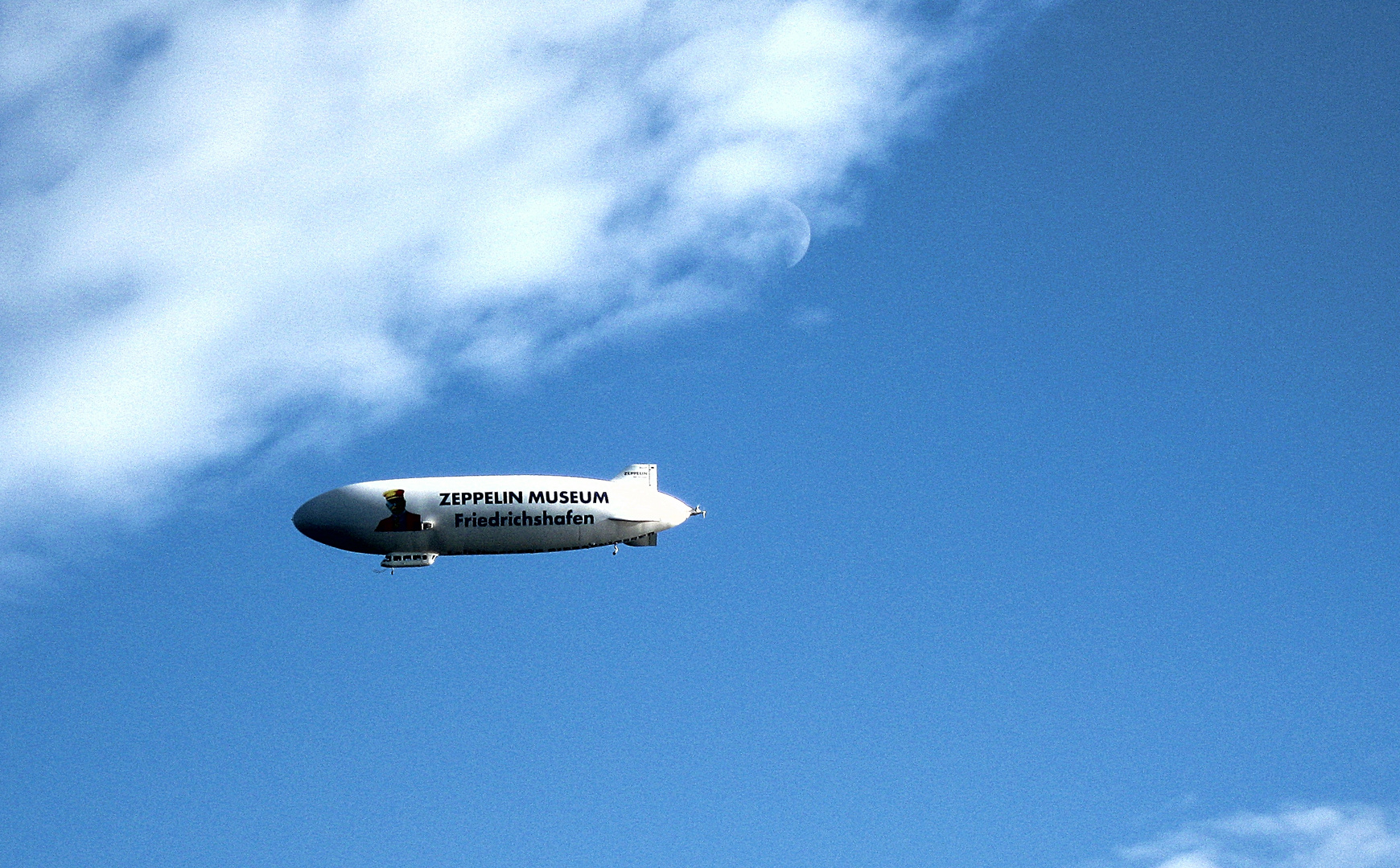 Ein Erlebnis diesen Zeppelin an der Geburtsstätte aller Zeppeline in Friedrichshafen zu sehen.