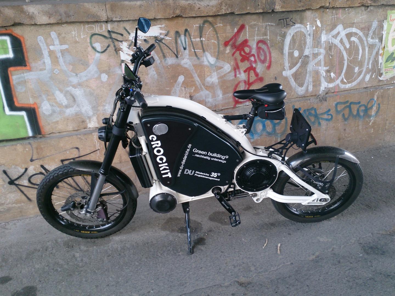 """Ein """"Fahrrad"""" Nein, ein """"Elektrofahrrad"""" Nein, ein """"Motorrad"""" Nein aber was ist des Dann"""